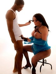 Naughty tgirl Wendy having sex with chocolate Rico