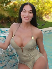 Busty tgirl Mia Isabella taking a shower