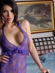 Seductive Eva playing in the bedroom