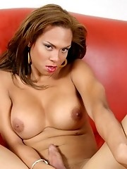 Beyonce naked tranny posing on a couch waiting to be banged hard