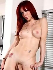 Hot redhead Valeria Wong posing her perfect body