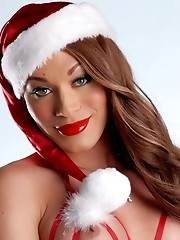 Super hot Mia Isabella wishing merry christmas to all of her fans