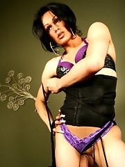 Hot Tranny Foxi Showing Her Extra Long Dick