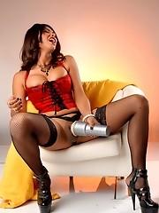Horny transsexual Vaniity fucking her fleshlight